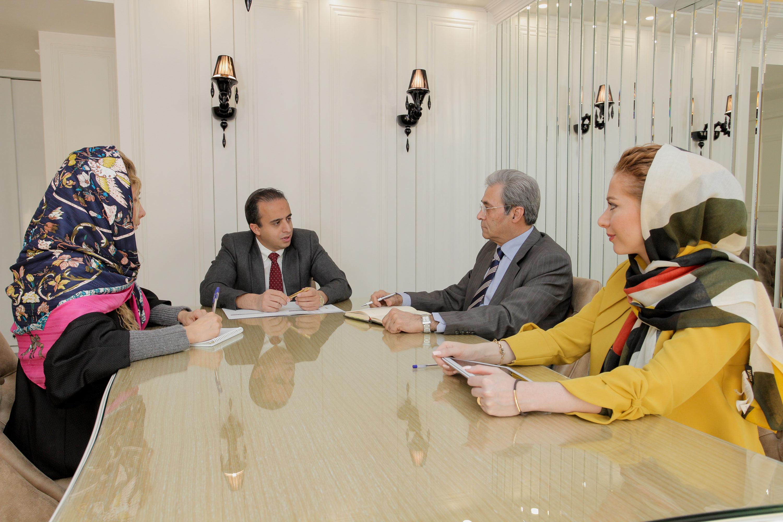 جلسه با مهندس مدنی